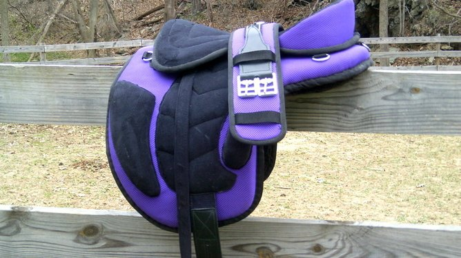TREELESS LIGHT WEIGHT SADDLE